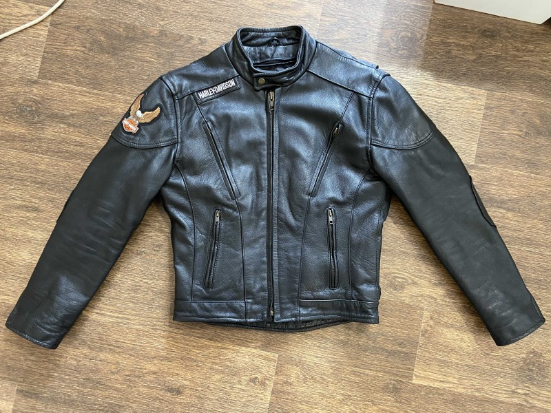 Xelement Classic Mens Cowhide Speedster Motorcycle Jacket with Zip-Out Lining B-7201